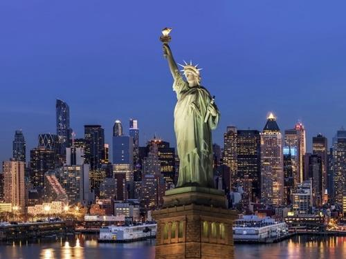 New York: The Metropolitan Opera, Galleries and Museums