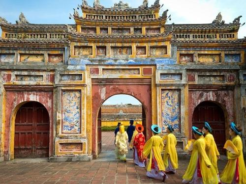 Mullingar Travel - Highlights of Vietnam - 10 Day Escorted Tour