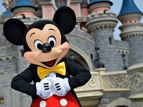 Grenham Travel - SUMMER 2019 OFFER – SAVE UP TO 25% - Disney Paris
