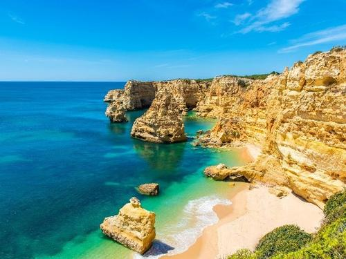 Visit the most popular cities of Portugal, from € 250 pp