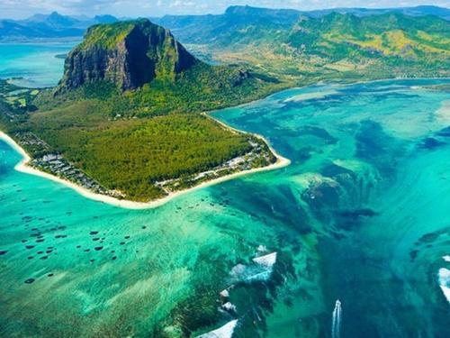MAURITIUS, 10 nights from  €2099pp