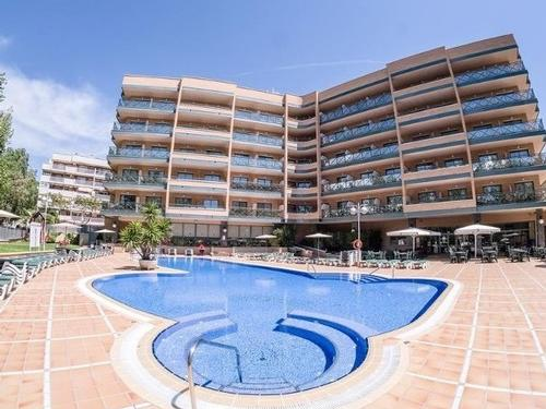 Aparthotel California Salou Experience 7 nights  €2590