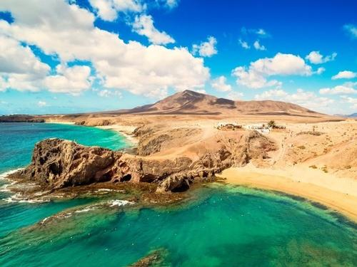CHRISTMAS HOLIDAYS IN LANZAROTE - SPAIN