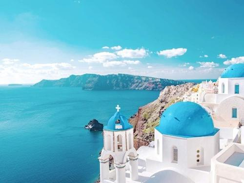 Santorini, Greece, 7 nights at 5* Santo Maris Oia Luxury Suites from € 2519 pp