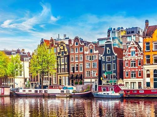 THREE NIGHTS IN AMSTERDAM - NETHERLANDS
