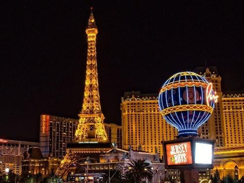 Las Vegas & Helicopter Tour - 4 Nights - €1005pp**