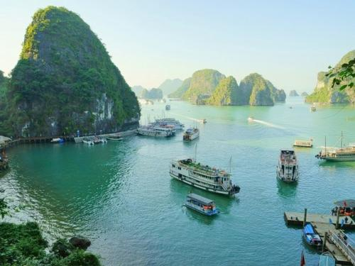 Discover Vietnam and Cambodia  14 days from € 4 090pp
