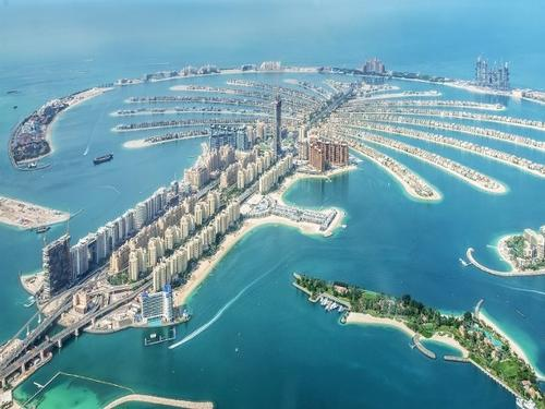 Msc cruise, Dubai, 11 nights from € 3737 (family of 4)