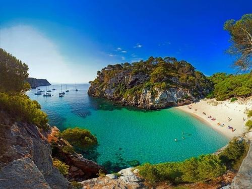 SUMMER HOLIDAYS IN MENORCA - SPAIN