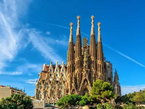 WEEKEND IN BARCELONA - SPAIN