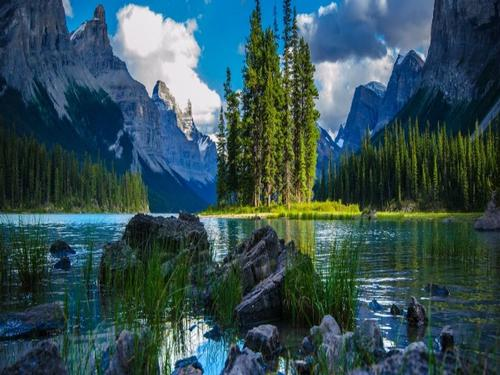 Escorted Tours - Canada's Rockies
